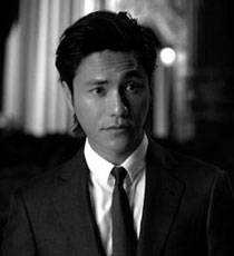 Actor Chen Kun shows oriental charm